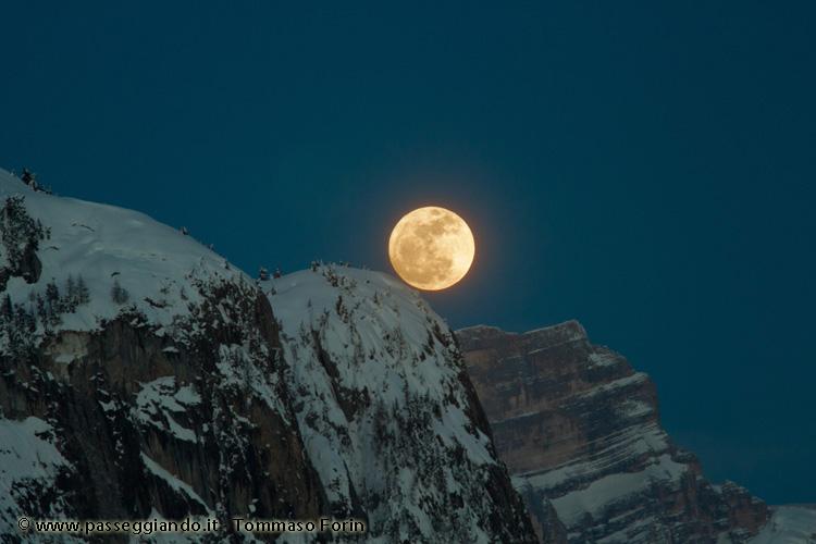 Sorgere di luna